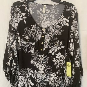 PerSeption Woman's Blouse, 3/4 Sleeve W/ Button 3X